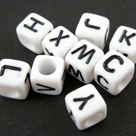 Letterkralen goedkoop wit met zwarte letters