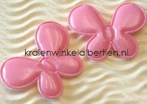 stoffen vlinder roze