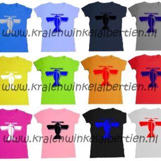 strijk-applicatie vliegtuig op t-shirt