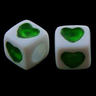 Vierkante kralen hartje groen