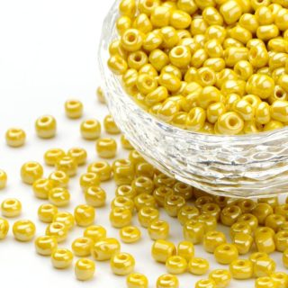 Rocailles geel 4mm seeds beads glas kralen