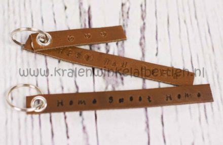 Uni posca marker zwart stift 0,7mm voor leer armbanden en sleutelhangers