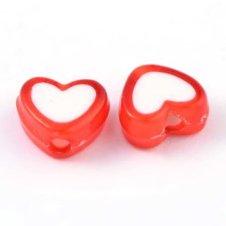 Rode hartjes kralen wit bead in bead 8mm hart kunststof armbanden