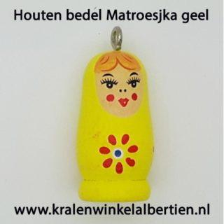 Baboesjka bedeltje hout geel