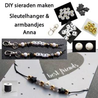 Sleutelhangers & armbandjes met gouden kralen en sterren