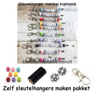 DIY pakket sleutelhangers met naam maken voetbal