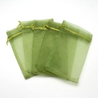 Organza zakje olijf groen 12cm