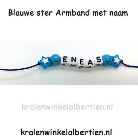 Uitdeelcadeautjes armbandje met naam blauw