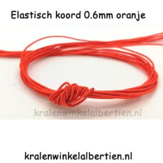 Elastiek koord oranje sos armbandjes maken met naam