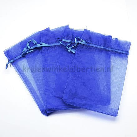 Organza zakjes kobalt blauw traktatie cadeauverpakking sleutelhangers met naam