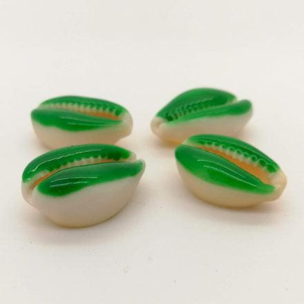 Schelpkralen cowrie hangers groen zomer zee strand armbandjes zelf maken