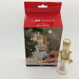 DIY zelf maken kerst ballerina goud wit verf