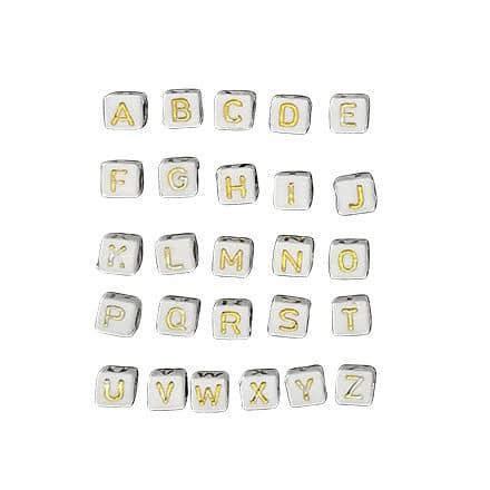 Alfabetkraaltjes sieraden maken wit gouden letters hele alfabet