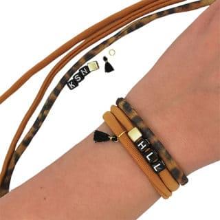 DIY pakket elastische armbandjes compleet panterprint naam letters bruin goud