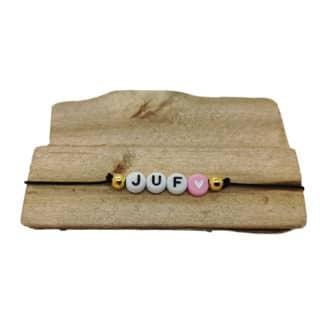 Armbandje met naam juffen dag roze zwart cadeautjes zelf maken kant en klaar