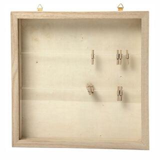 Blanke houten lijstjes met knijpers voor poppetjes