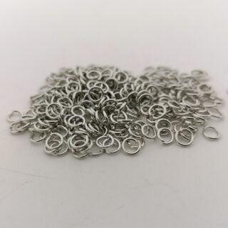 Zilverkleurige buigringetjes 4mm metaal